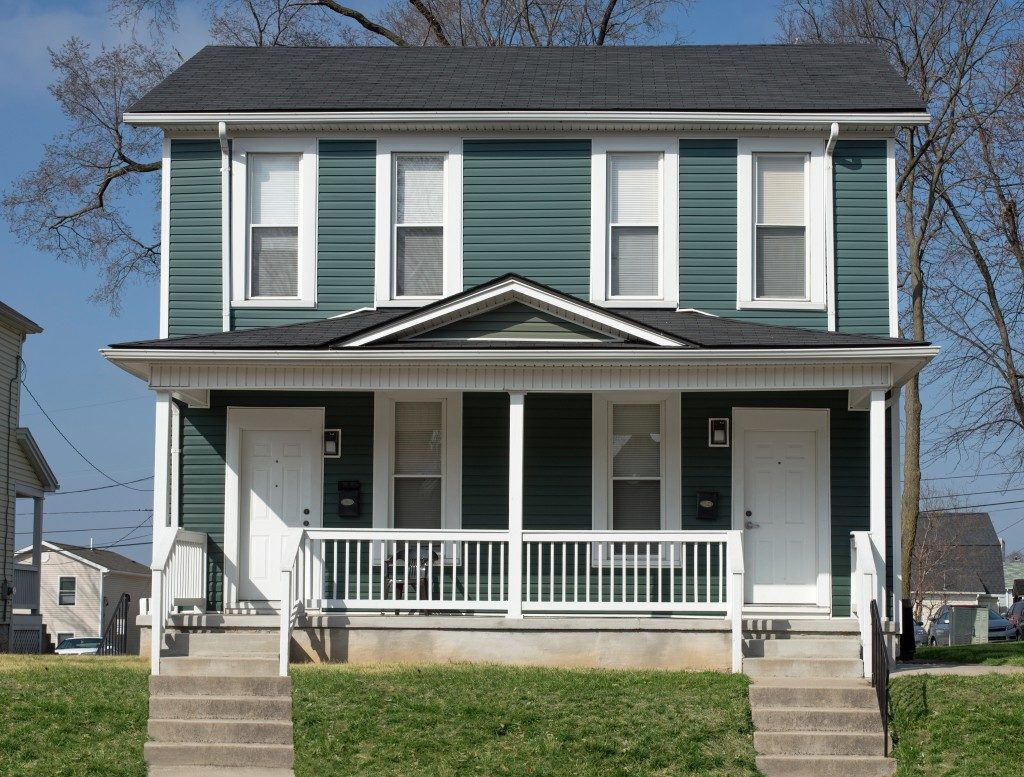 Midwest Duplex or Double Housing